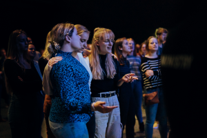 Smallgroups We Are Young Revolution (18 – 25 jaar)